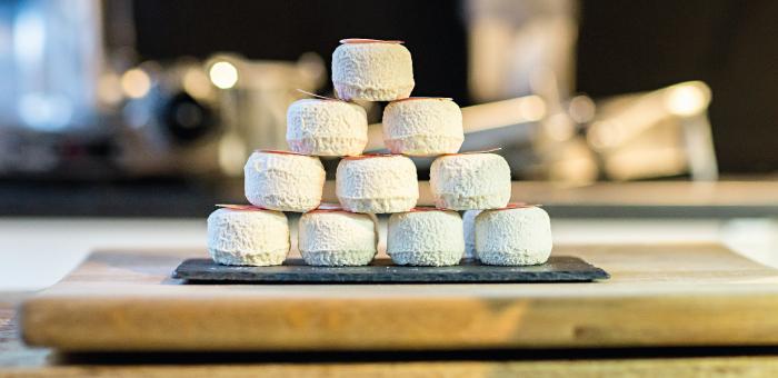 Stad, regio, land en wereld speurt de bazin van Hap naar unieke kazen voor op de boterham, bij de borrel of uit het vuistje.